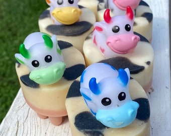 Kids Cow Soap/Bubble Bath Toy/Cow Soap/Rubber Ducks/Cow Baby Shower/Home Made Soap/Cow Toy/Rubber Duck/Decorative Soap/Cute Soap/Animal Soap