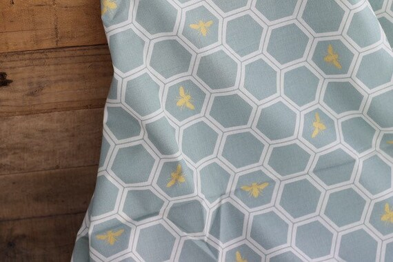 Adult/Teen Organic Weighted Blanket-Mint Honeycomb Bees Organic Cotton Front/Organic Back/Glass Beads