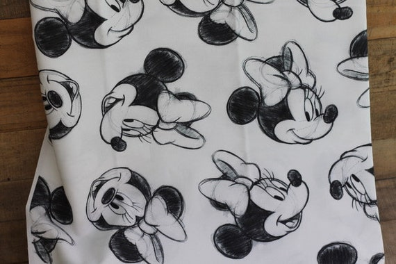 Child's Organic Weighted Blanket-Minnie Mouse Organic Cotton/Choose Your Back, Glass Beads