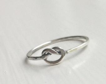 01a4a52532e2f3 Thin Knot Silver Ring, Tiny Knot Ring, Little Tie the Knot Ring, Promise  Ring, Bridesmaid Ring, Best Friend RIng, Mothers Ring