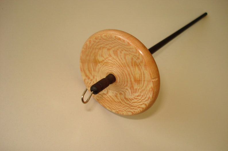 11.4 g Light bottom whorl drop spindle approx top o plane tree stained with elsberry noble hand spinning fine hand spindle