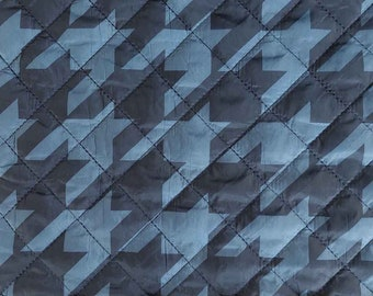 Quilted hounds and kick pattern quilted stepper, jeans blue dark blue