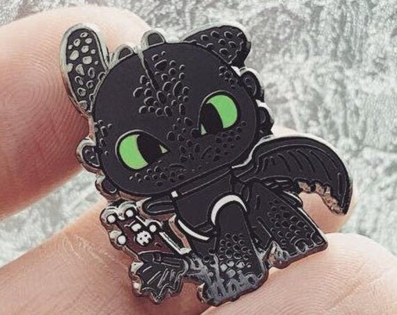Toothless | How to Train Your Dragon | Night Fury | Dragon Pin
