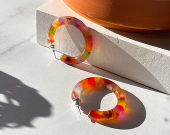 35mm Round Hoops in Tropic | Colorful Chunky Thick Acetate Tortoise Shell Hoop Earrings Red Orange 925 Sterling Silver Posts