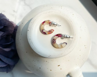 Huggie Hoops in Autumn | Tiny Small Red and Cream Hoop Earrings 925 Sterling Silver Posts