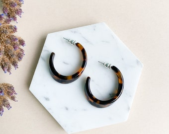 Illusion Hoops in Classic Tortoise | Tortoise Shell Acetate Resin Statement Hoop Earrings S925 Silver Posts