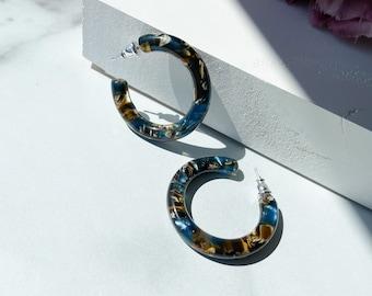 35mm Hoops in Driftwood | Blue Resin Brown Ocean Wave Cellulose Acetate Hoop Earrings 925 Silver Posts