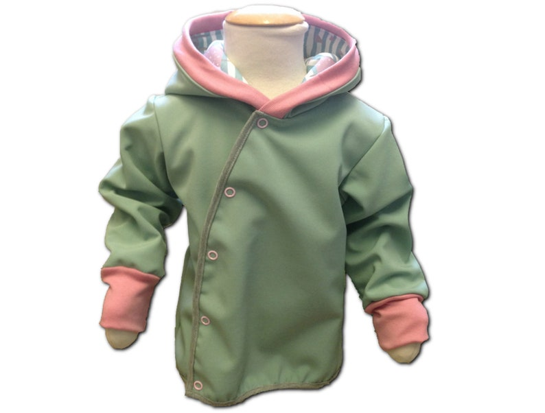 1be3d69e6 Soft shell jacket in lime green gr. 62-128