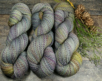 FILATURE GEWITTER - pflanzengefärbte Sockenwolle, wie handgesponnen, natürlich handgefärbtes 4fach Sockengarn - 100gr 420m