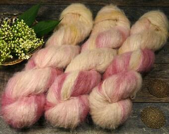 BLÜMCHEN - Suri Alpaka Silk Lace 50gr 300m (100gr/EUR 44) natürlich gefärbt, Suri Alpaka & Seide, flauschig weich, Pflanzenfärbung