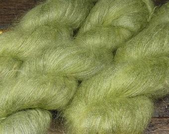 HÜPFER - 50gr Kidsilk Lace (100gr/EUR 43), Kidmohair & Seide pflanzengefärbt, edles Lacegarn mit Mohair, Lauflänge 420 Meter