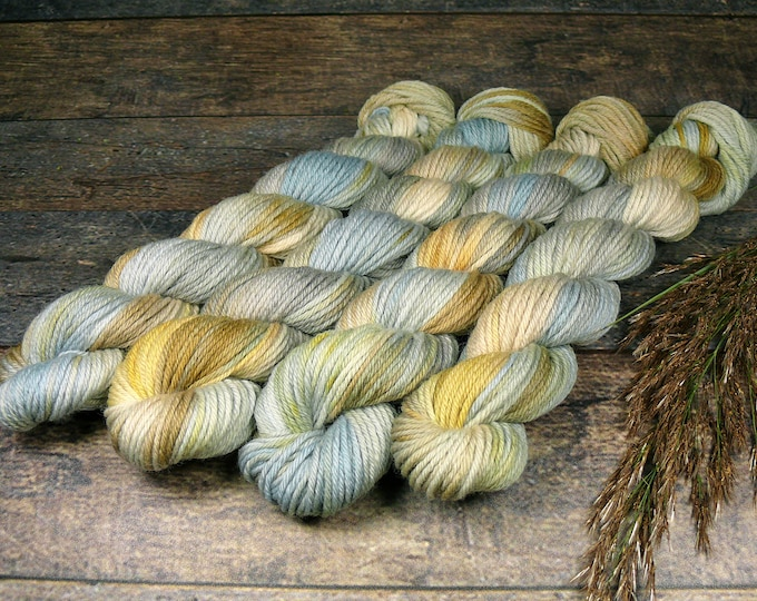 GREY ROSY mini - 25 Gramm Bio Merino Wolle (100gr/EUR 30), pflanzengefärbte Wolle von Rosy Green Wool, Biowolle
