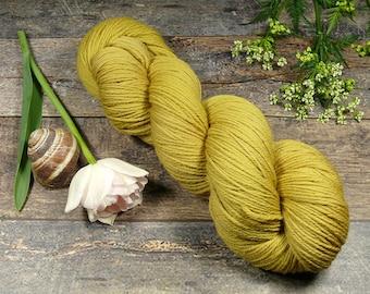 ROSY SENF - Bio Merino Wolle 320m Lauflänge, pflanzengefärbte kuschelweiche reine Wolle von Rosy Green Wool, Biowolle