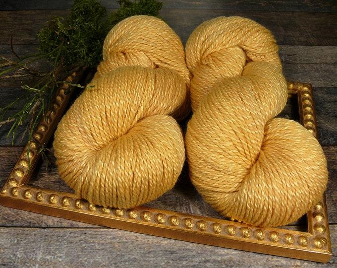 DUPLA GOLDEN - Wolle Seide 2ply DK, natürlich gefärbtes superweiches Edelgarn, Pflanzenfärbung, plastikfrei,  100gr Lauflänge 245m