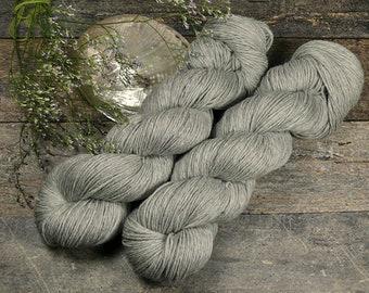 ROSY NATURE - Bio Merino Wolle 320m Lauflänge, kuschelweiche reine Wolle von Rosy Green Wool, Biowolle