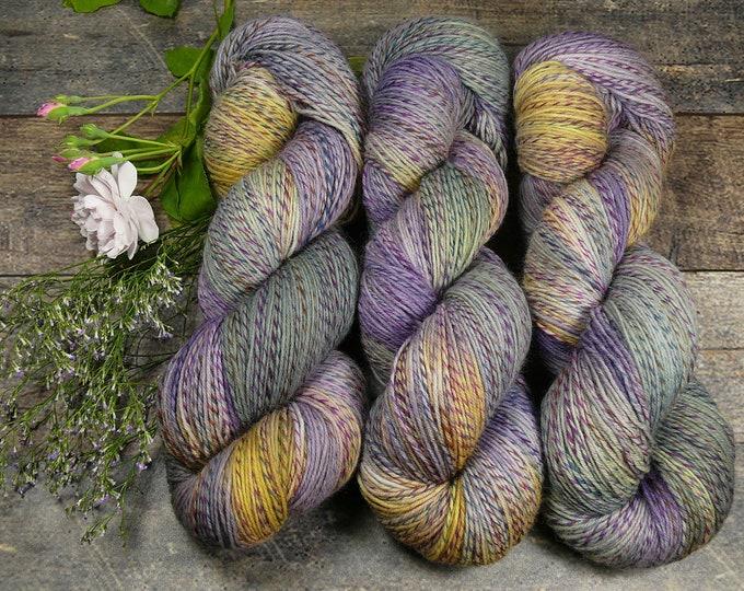 FILATURE PIPPO - pflanzengefärbte Sockenwolle, wie handgesponnen, natürlich handgefärbtes 4fach Sockengarn - 100gr 420m