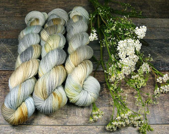 BLUE ROSY mini - 25 Gramm Bio Merino Wolle (100gr/EUR 22,00), pflanzengefärbte Wolle von Rosy Green Wool, Biowolle