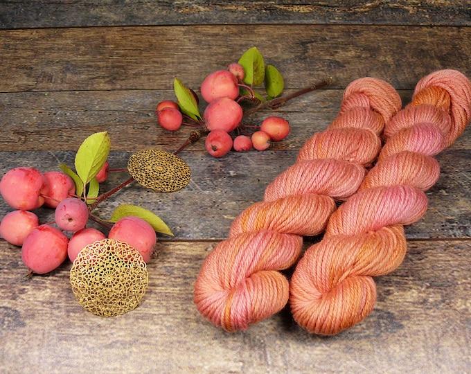 RED ROSY mini - 25 Gramm Bio Merino Wolle (100gr/EUR 22,00), natürlich gefärbte Wolle von Rosy Green Wool, Biowolle