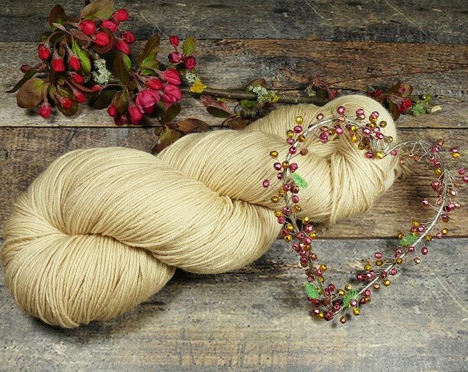 PEARL - 150gr Merino fingering (18 EUR/100gr), pflenzengefärbtes Allroundgarn, handgefärbte reine Wolle, plastikfrei!