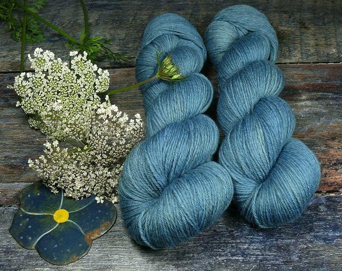 STÜRMISCHE ROSY - Bio Merino Wolle 320m Lauflänge, pflanzengefärbte kuschelweiche reine Wolle von Rosy Green Wool, Biowolle