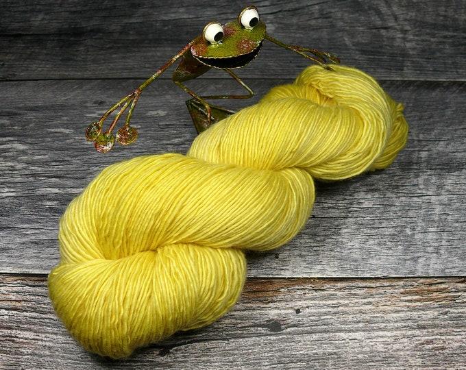BECCA CITRONELLA - Lanartus Merino Singles 370m LL, pflanzengefärbt von folly.me, reine weiche Wolle, Singlesgarn natürlich gefärbt