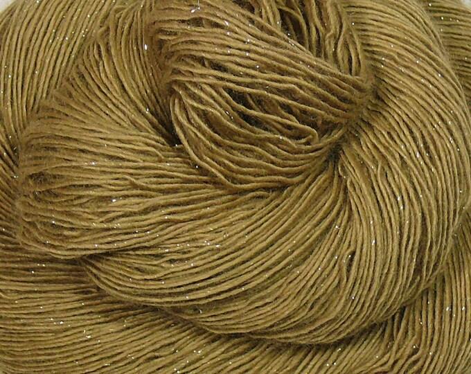 GLIZZ OCKER - Glitzer Merino Singles, weiche pflanzengefärbte Wolle, Lauflänge 366m