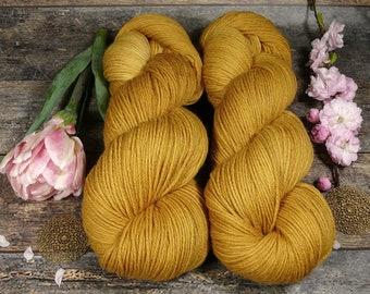 ROSY HONIG - Bio Merino Wolle 320m Lauflänge, pflanzengefärbte kuschelweiche reine Wolle von Rosy Green Wool, Biowolle