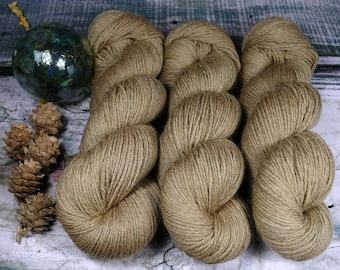 GEMÜTLICHE ROSY - Bio Merino Wolle 320m Lauflänge, pflanzengefärbte kuschelweiche reine Wolle von Rosy Green Wool, Biowolle