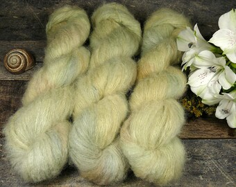 GLÜCKSKIND - Suri Alpaka Silk Lace 50gr (100gr/EUR 44) pflanzengefärbt, superweiches Suri Alpaka & Seide, Pflanzenfärbung, Lauflänge 300m
