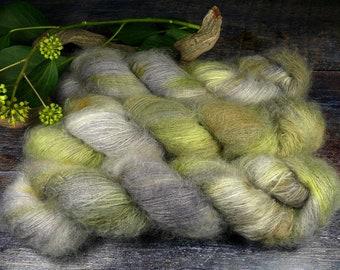 EIS im SEE - 50gr Kidsilk Lace (100gr/EUR 43), Kidmohair & Seide pflanzengefärbt, edles Lacegarn mit Mohair, Lauflänge 420 Meter