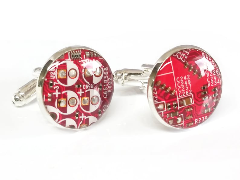 1 pair upcycled metal cufflinks of 17.8 mm computer board in red