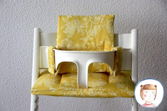 Coussin assise / coussin de jeu pour la chaise Tripp Trapp jaune avec des fleurs