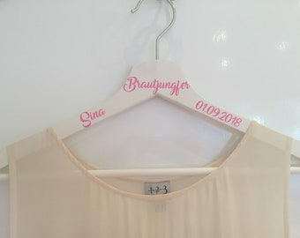 Hanger personalized bridesmaid gift