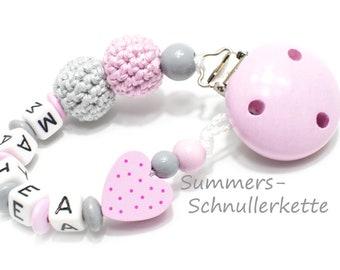 personalisierte Schnullerkette von Summer&Mommy, Herz Häkelperlen