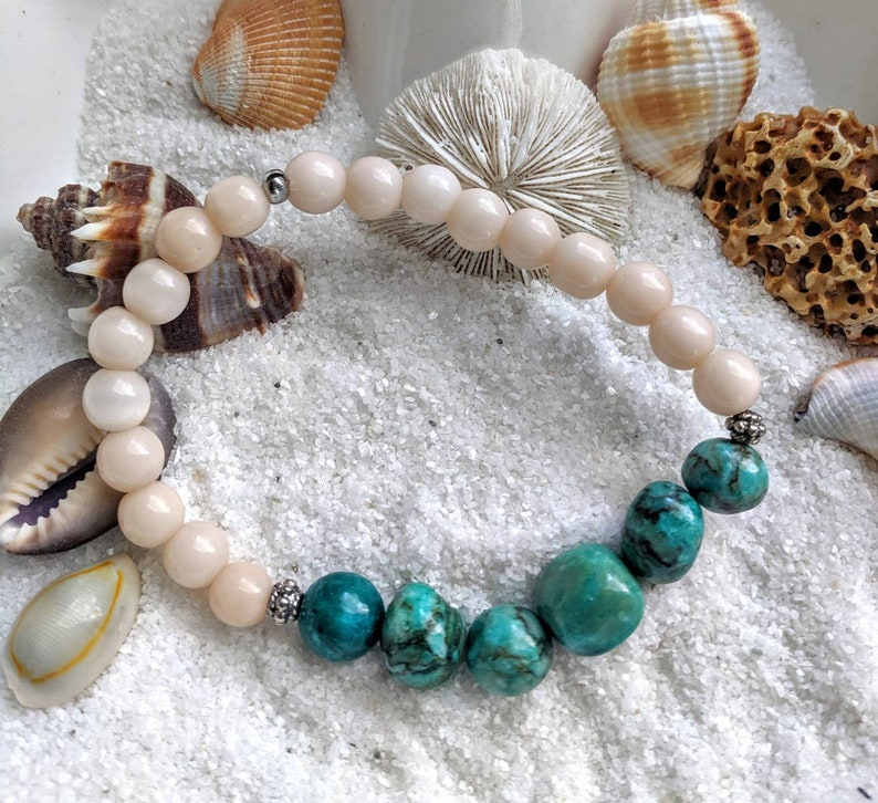 Turquoise and mother of pearl bracelet turquoise December image 0