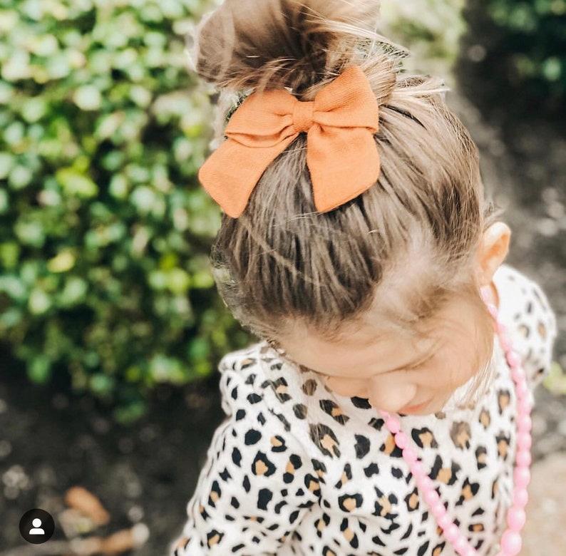 Girl Hair Bows Summer bows,Spring bows Baby girl bows Newborn bows Navy Blue double gauze hair bow Baby Headband Baby bow headbands