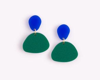 Round Colorblock Earrings 'Pebble' in Cobalt Blue + Fir Green