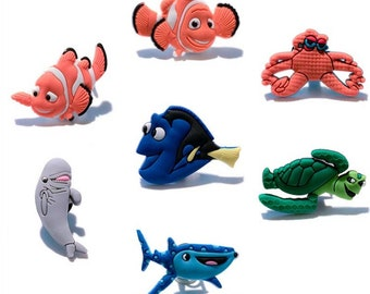 f85418df22742 Finding Nemo Shoe Charms Pvc Fit Buckles And Bracelets Lovely Buckle Accessories  Decoration Party Cartoon Croc Jibbitz Kids Gift