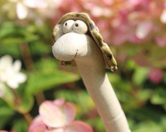 Worm plug Suse, garden decoration, plug, worm, flower box