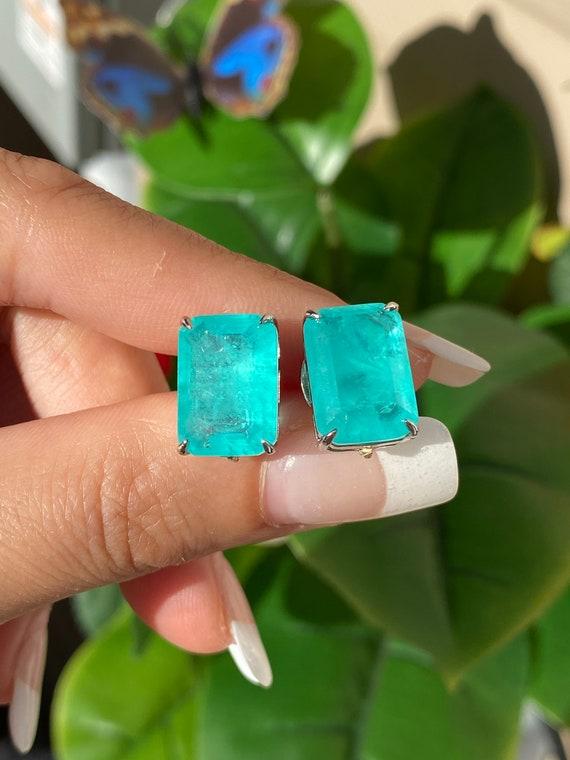 18K Yellow Gold Vermeil Earrings 10mm May Birthstone Earrings Glowing Natural Neon Colombian Emerald Stud Earrings Emerald Heart Earrings