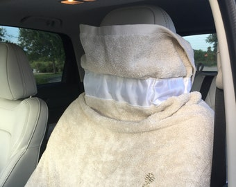 Plush Beach Car Seat Cover Beige With White Ribbon And Embellishment