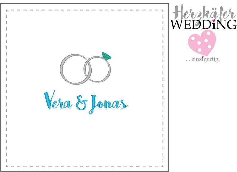 Ringe mit Herz hochwertig bestickt mit den Namen des Brautpaares Taschentuch f\u00fcr Freudentr\u00e4nen Tolles Accessoire f\u00fcr die Hochzeit