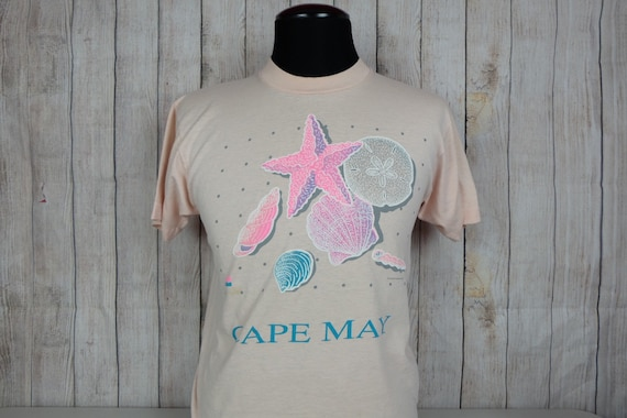 Vintage Cape May Nature Beach Pink Graphic T Shirt