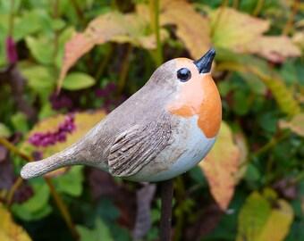 Garden ceramics/collection object for garden and bird lovers/CERAMIC BIRD ROTKEHLCHEN 2