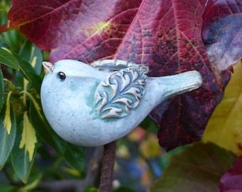 "Garden ceramics/souvenirs for garden lovers/ garden figure/ceramic bird/small roundish, winged ""STECKVOGEL"" ivory"