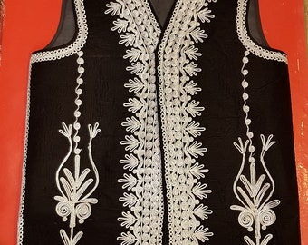 Afghan Traditional men/'s Black velvet vest with heavy gold braided embroidery