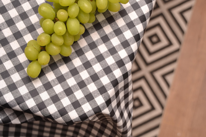 beschichtete baumwolle karo vichy schwarz weiss etsy. Black Bedroom Furniture Sets. Home Design Ideas