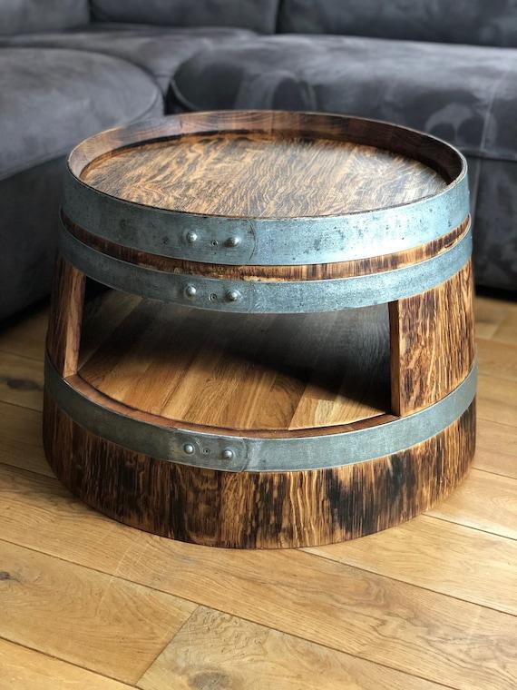 Table basse tonneau de vin avec étagère rustique