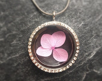 Real hydrangea neck necklace with rhinestone medallion Pendant stainless Steel