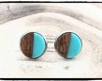 Studs wood & turquoise stainless steel socket around 10 mm